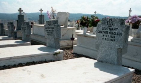 Parte das sete campas dos aviadores alemães enterrados no cemitério de Aljezur. Foto: Miguel pereira/Global Imagens
